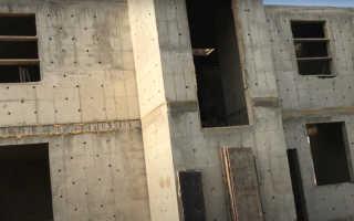 Строительство бетонной стены для загородного дома своими руками